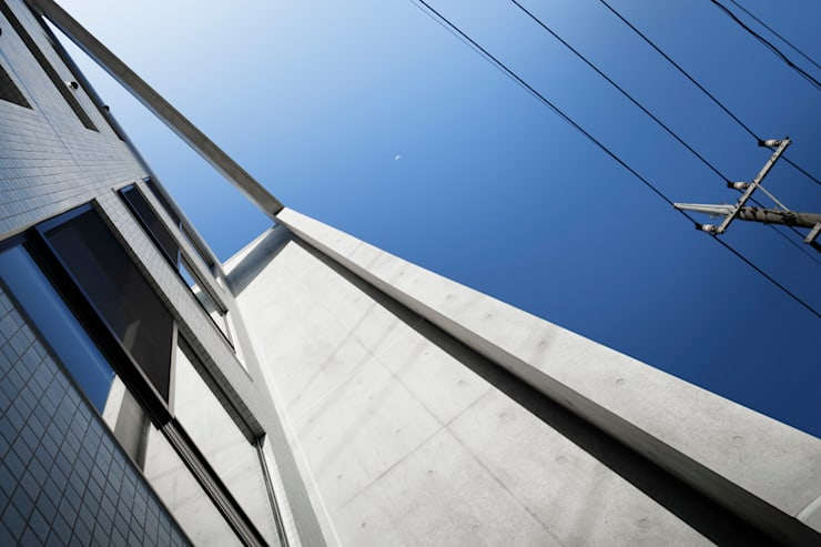外観フレーム モダンな商業空間 の 久保田章敬建築研究所 モダン