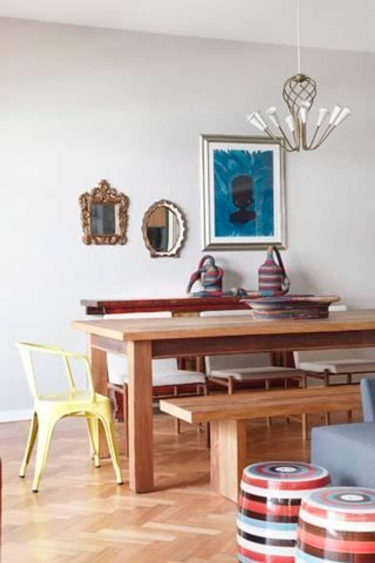 Apartamento no Arpoador: Salas de jantar  por Ricardo Melo e Rodrigo Passos Arquitetura,