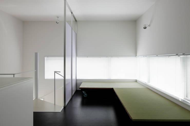 畳移動家具の配置例-3: 久保田章敬建築研究所が手掛けた商業空間です。,