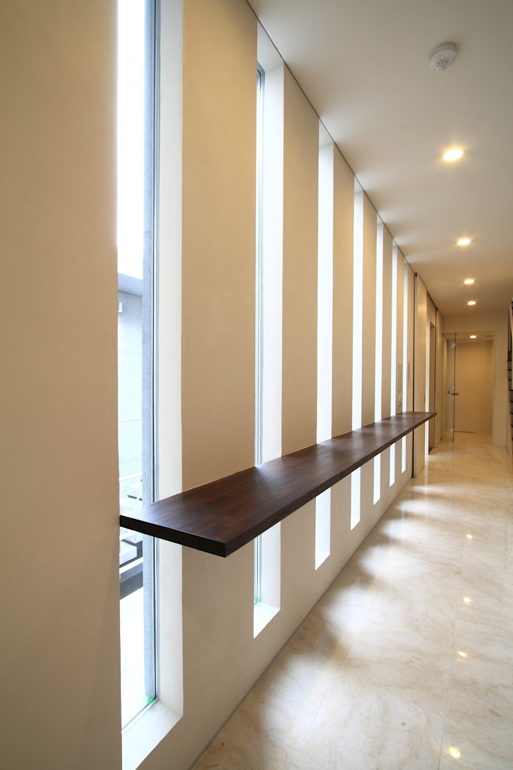 廊下: FIELD NETWORK Inc.が手掛けた廊下 & 玄関です。