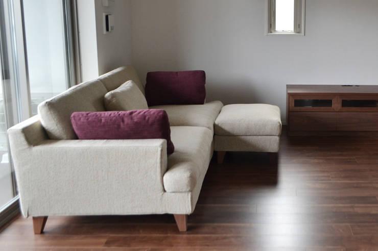PRODUCT – [ sofa ]: 株式会社 3rdが手掛けたリビングです。