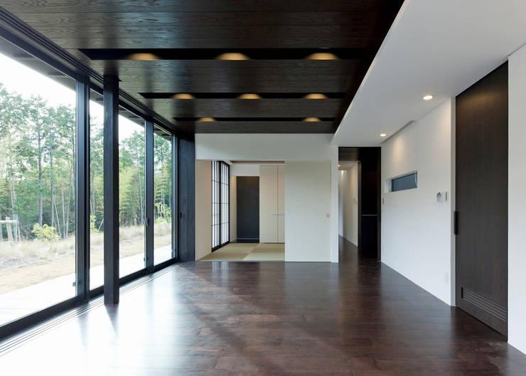リビング カントリーデザインの リビング の Egawa Architectural Studio カントリー