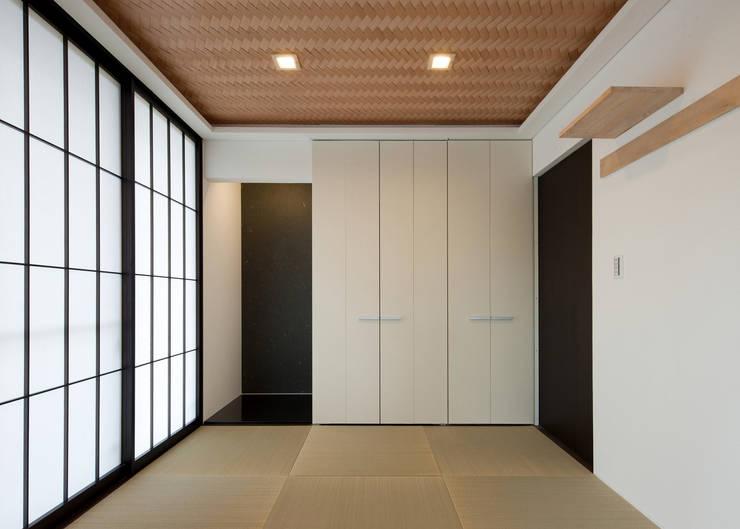 和室: Egawa Architectural Studioが手掛けた和室です。