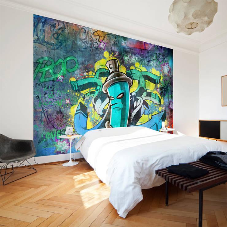 """Vliestapete von Premiumarte """"Graffiti"""":  Schlafzimmer von Hitmeister GmbH"""