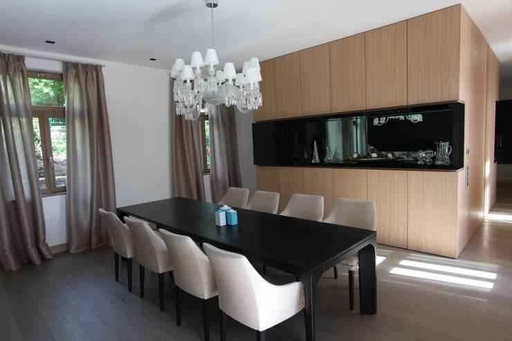 Projekty,  Jadalnia zaprojektowane przez Neugebauer Architekten BDA