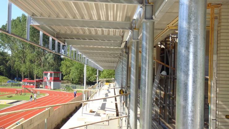 Houten plafonds:  Kantoorgebouwen door De Haas & Heesterbeek BV