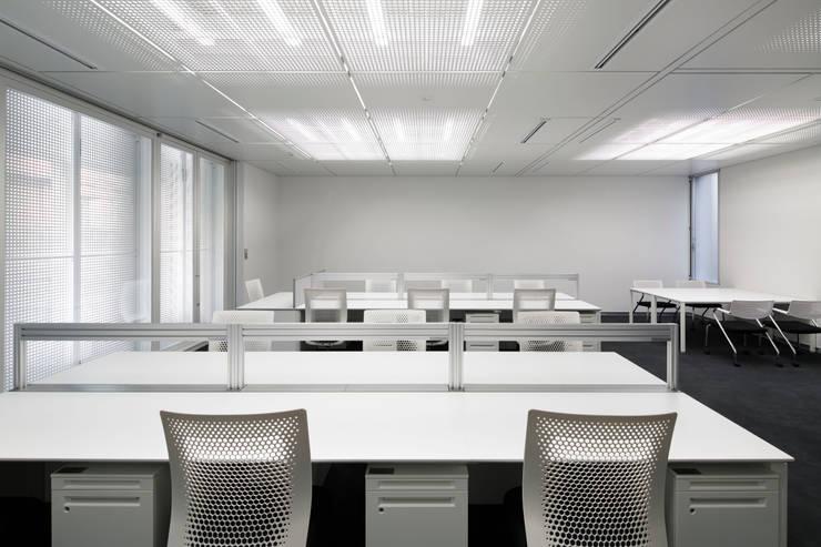 VICTORINOX JAPAN ANNEX BUILDING: 久保田章敬建築研究所が手掛けたオフィスビルです。