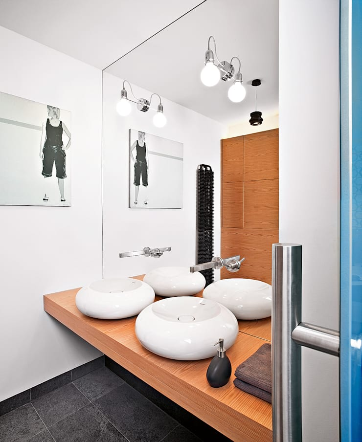 Industrialny Loft : styl , w kategorii Łazienka zaprojektowany przez justyna smolec architektura & design