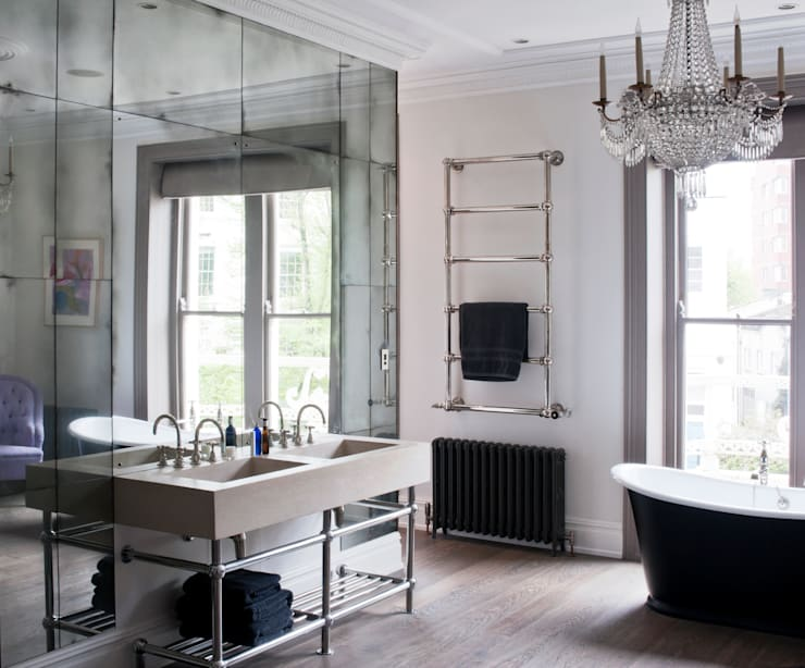Antiqued Mirror Bathroom Panelling:  Bathroom by Rupert Bevan Ltd