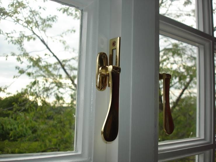 Wooden windows by arisadam18