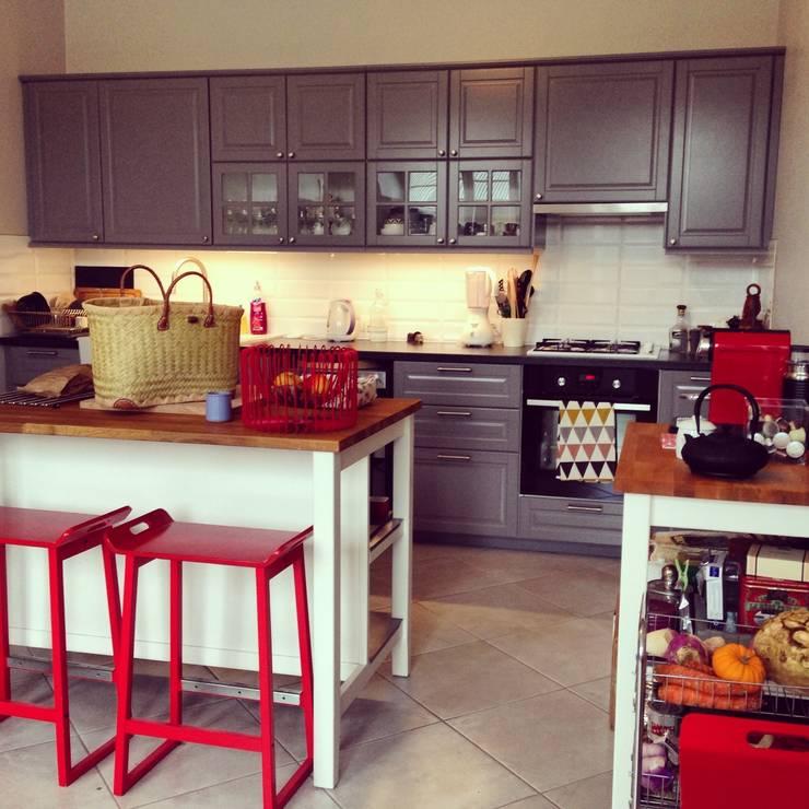 Cocinas de estilo  por Marisa