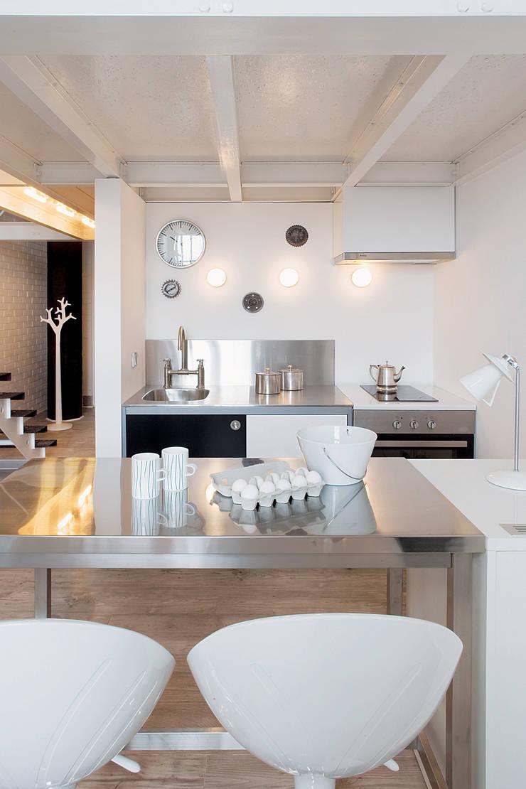 by justyna smolec architektura & design Scandinavian