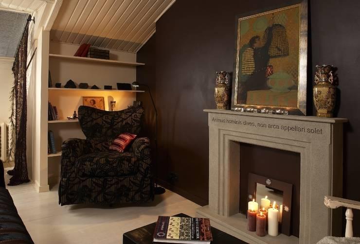 Квартира в старом московском доме: Гостиная в . Автор – Irina Tatarnikova