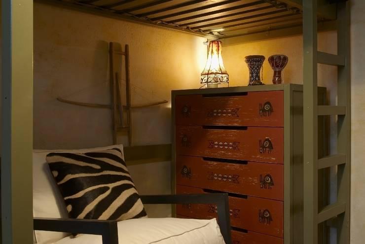 Квартира в старом московском доме: Детская комната в . Автор – Irina Tatarnikova