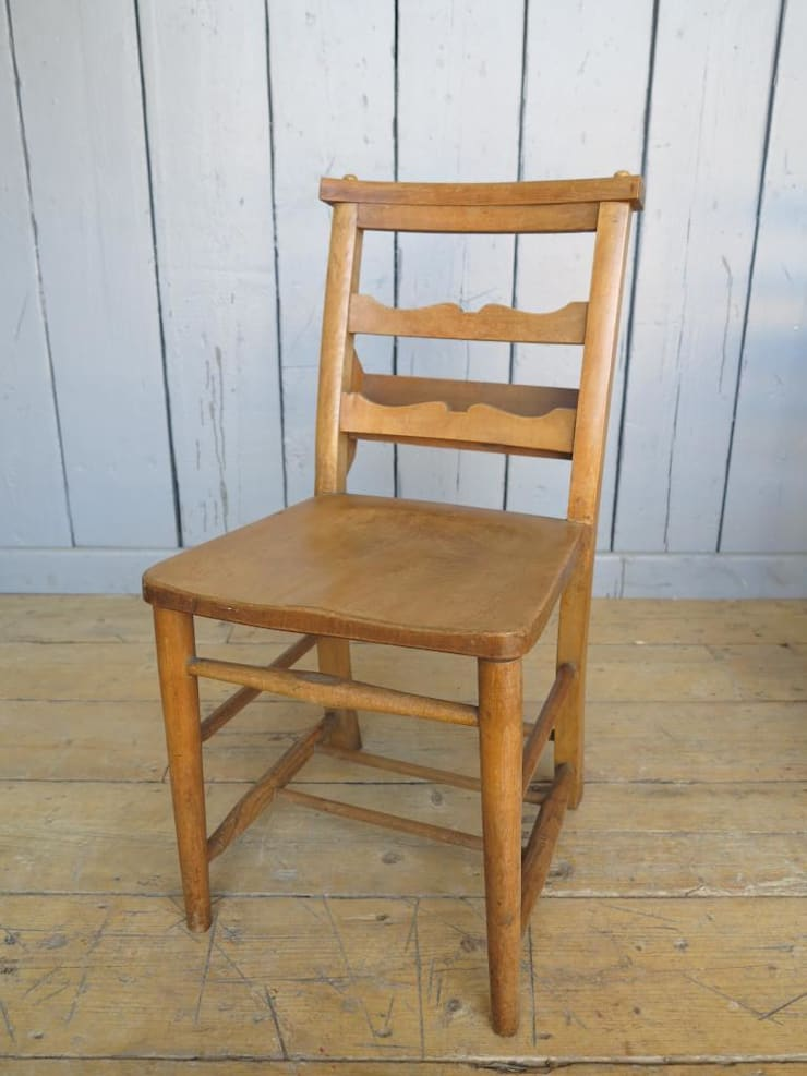 Antique Church Chairs with Lovely Cross Rail Detail: Kitchen by UK  Architectural Antiques - Reclaimed Church Chairs By UK Architectural Antiques Homify