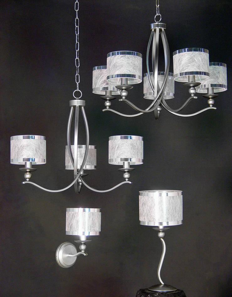 Luminarias de hierro:  de estilo  de Vidrios Granada SL, Moderno