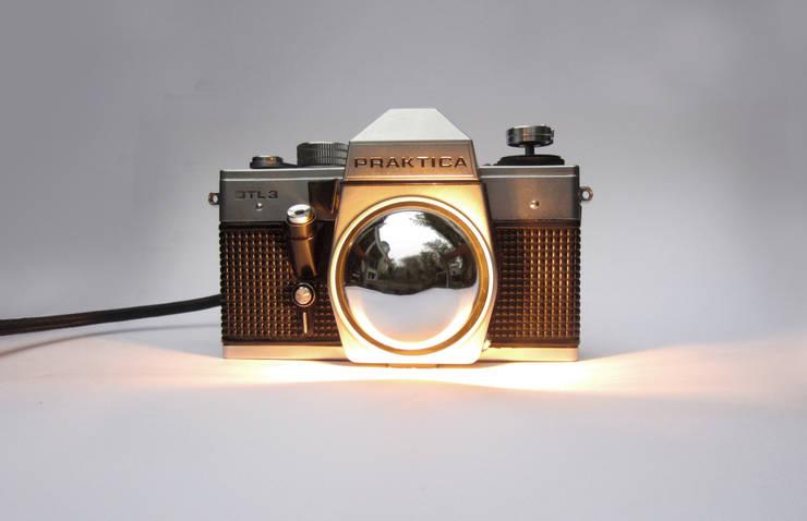 SpiegelreflexLampe  > DTL3 <:  Wohnzimmer von LampenSchmiede