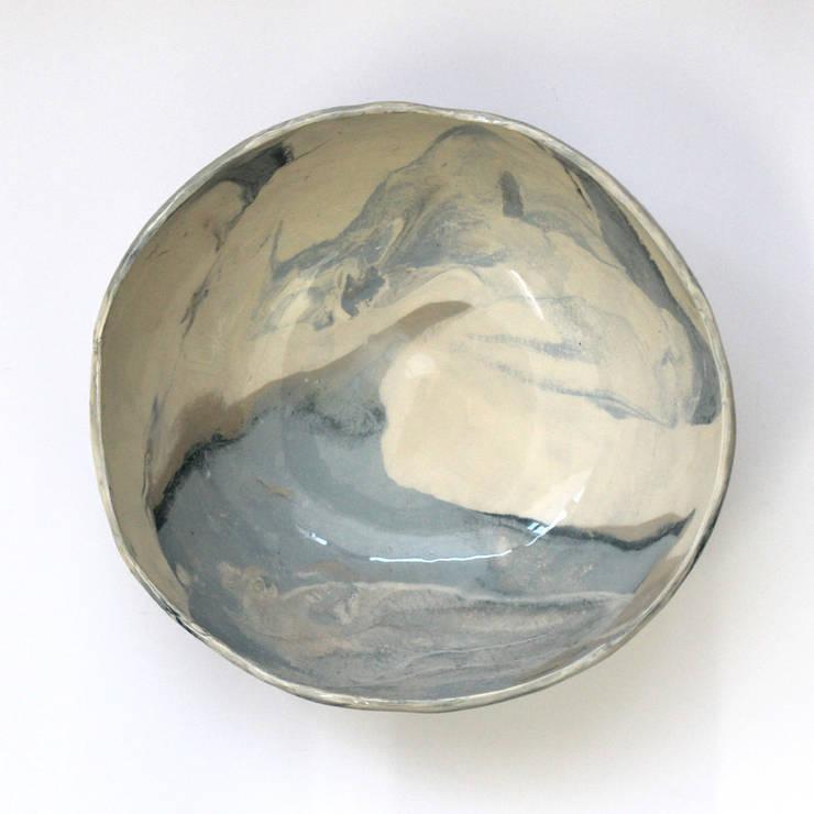 Handmade ceramic bowl: Casa  por Lagrima - Handmade ceramics