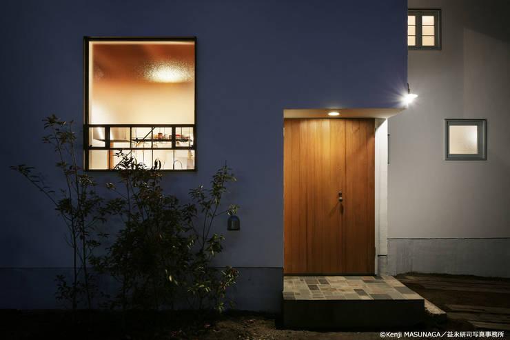 Hym house: ZERO ONE OFFICEが手掛けた家です。,モダン