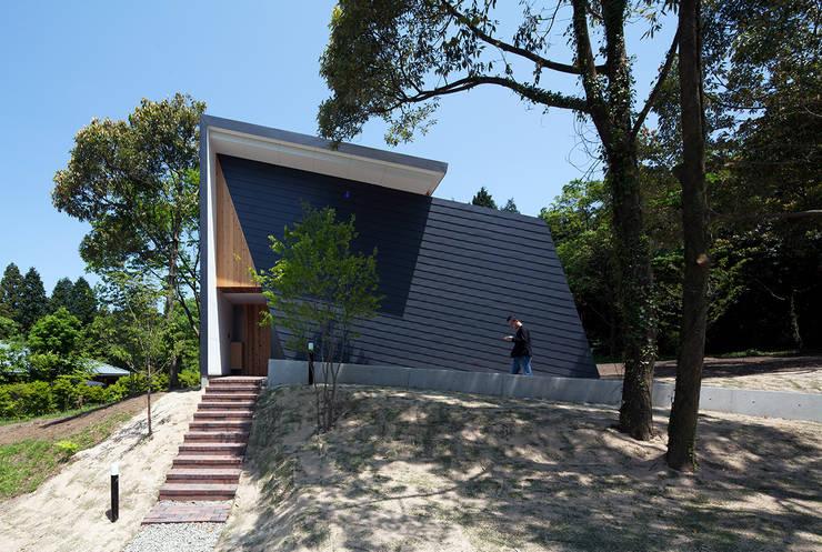 Casas de estilo  por 伊藤憲吾建築設計事務所