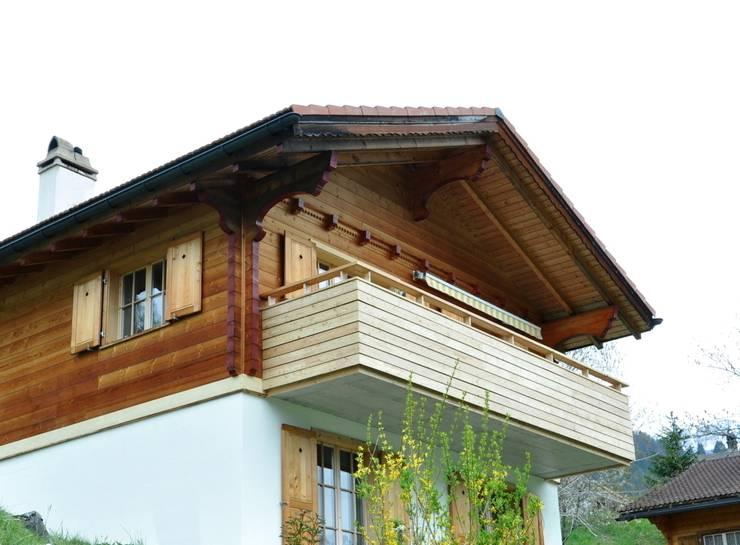 Ferienhaus nach Mass: klassische Häuser von Juho Nyberg Architektur GmbH