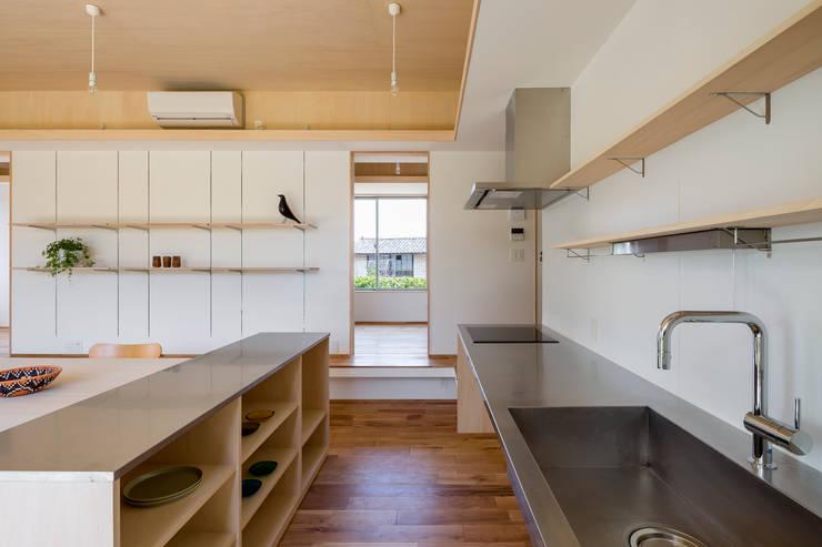 Кухни в . Автор – 矢内建築計画 一級建築士事務所