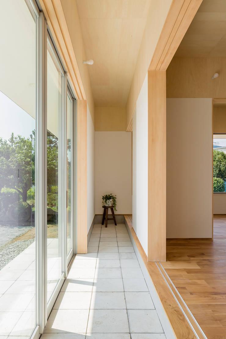 House in Hashie: 矢内建築計画 一級建築士事務所が手掛けた壁です。