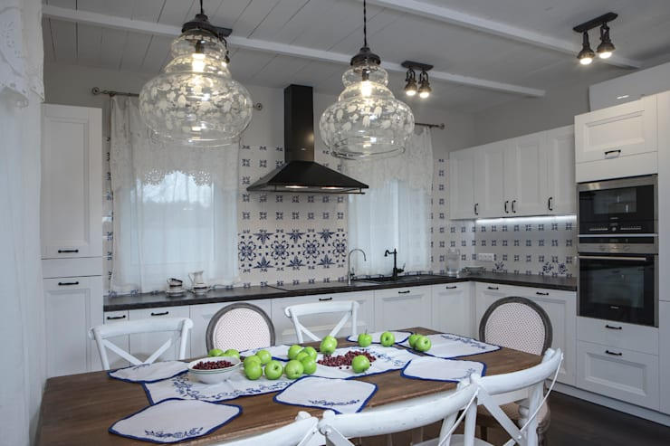 Kitchen by Мария Бекетова  Света Лапина, Country