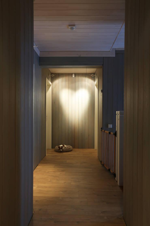 Холл второго этажа: Коридор и прихожая в . Автор – ORT-interiors