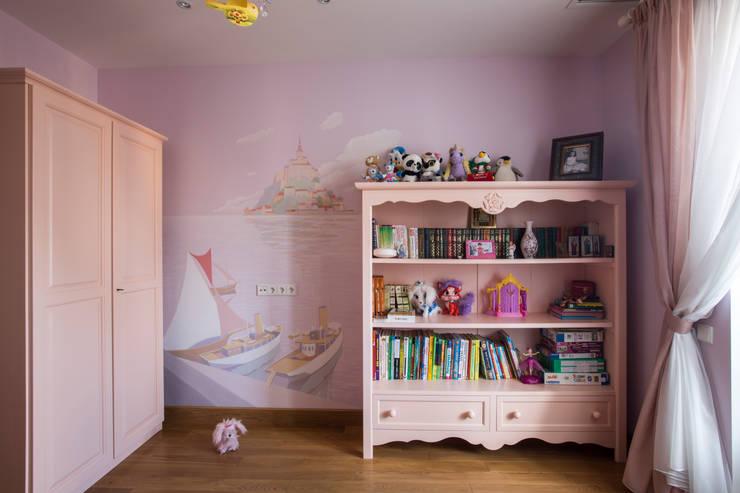 Комната для девочки: Детские комнаты в . Автор – ORT-interiors