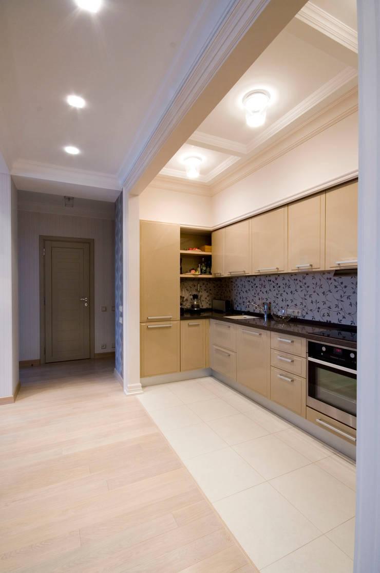 Кухня в нише: Кухни в . Автор – ORT-interiors