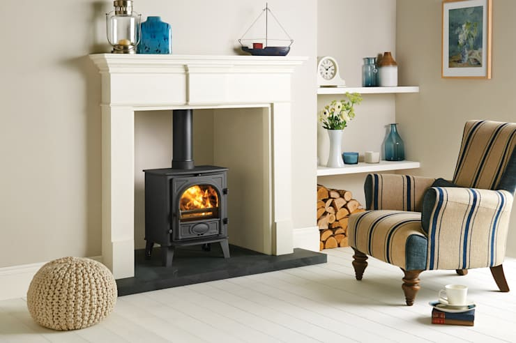 Livings de estilo rural por Stovax Heating Group