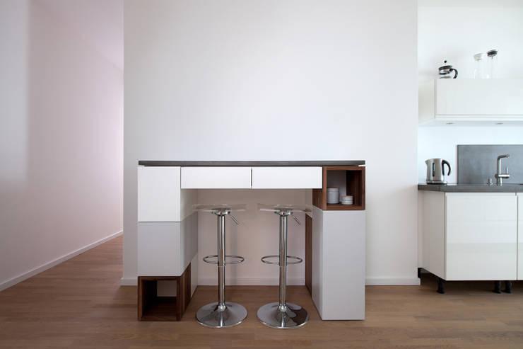 Salle à manger de style  par Dominik Sosna - Designarbeit Berlin