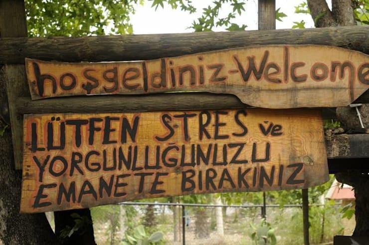 """Simurg Evleri Pansiyon – Simurg Evleri: {:asian=>""""Asya"""", :classic=>""""klasik"""", :colonial=>""""sömürge"""", :country=>""""kırsal tarz"""", :eclectic=>""""eklektik"""", :industrial=>""""Sanayi"""", :mediterranean=>""""Akdeniz"""", :minimalist=>""""minimalist"""", :modern=>""""modern"""", :rustic=>""""rustik"""", :scandinavian=>""""İskandinav"""", :tropical=>""""tropikal""""} tarz ,"""
