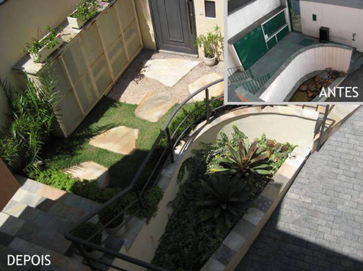 Entrada da residência:   por Projetual Arquitetura
