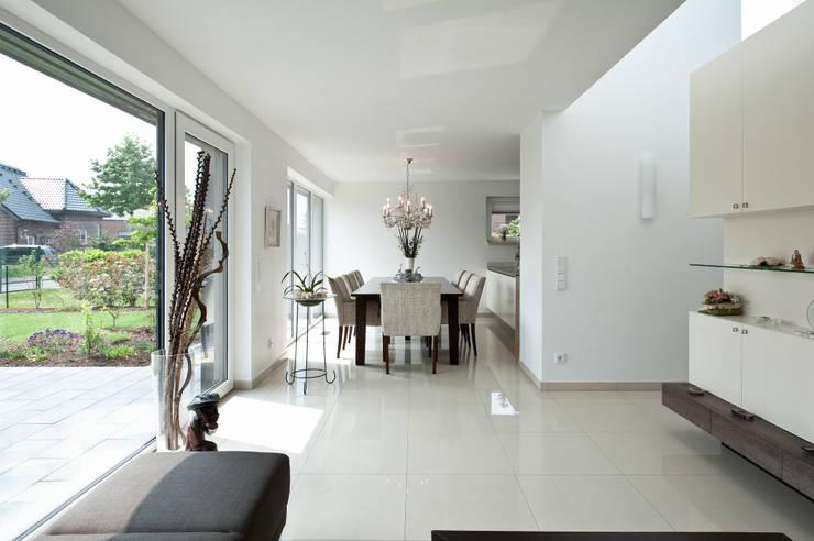 ห้องทานข้าว โดย Architektur Jansen, โมเดิร์น