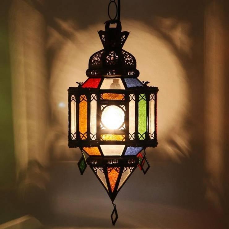 Mauretańska lampa MOULAWLIDAT: styl , w kategorii Miejsca na imprezy zaprojektowany przez DomRustykalny.pl