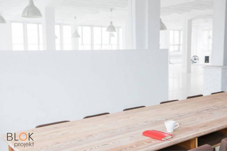 Jasna Sprawa Studio: styl , w kategorii Jadalnia zaprojektowany przez Blok projekt,Skandynawski