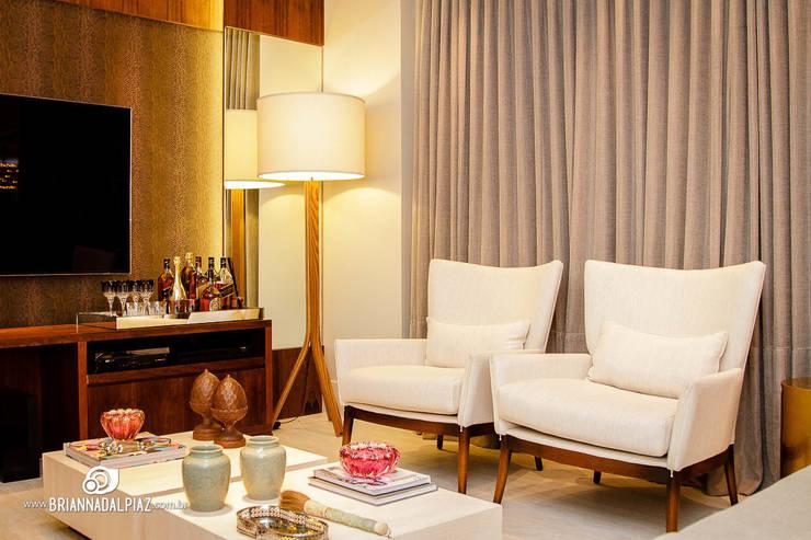 Home - G|A: Sala de estar  por Carolina Fagundes - Arquitetura e Interiores,