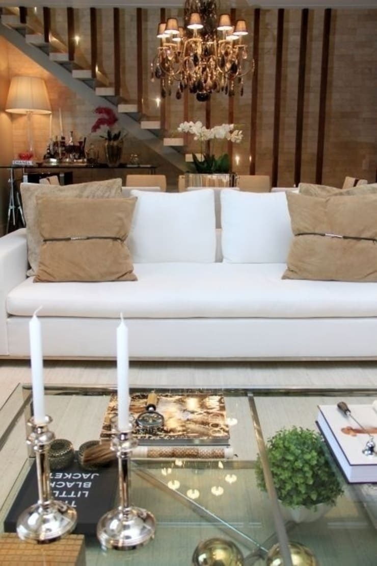 Living- C H: Salas de estar  por Carolina Fagundes - Arquitetura e Interiores