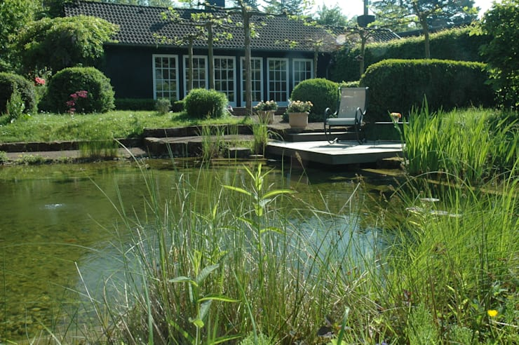 Giardino in stile in stile Moderno di Architektura krajobrazu- naturalne systemy uzdatniania wod