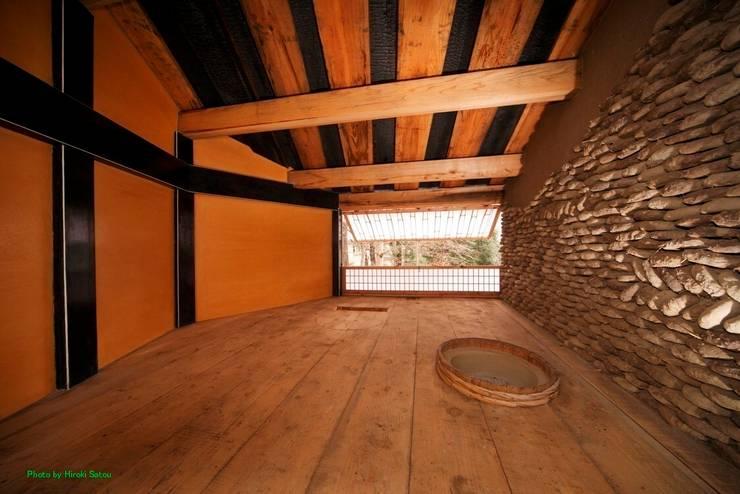 Tree house: 建築設計事務所 山田屋が手掛けた和室です。