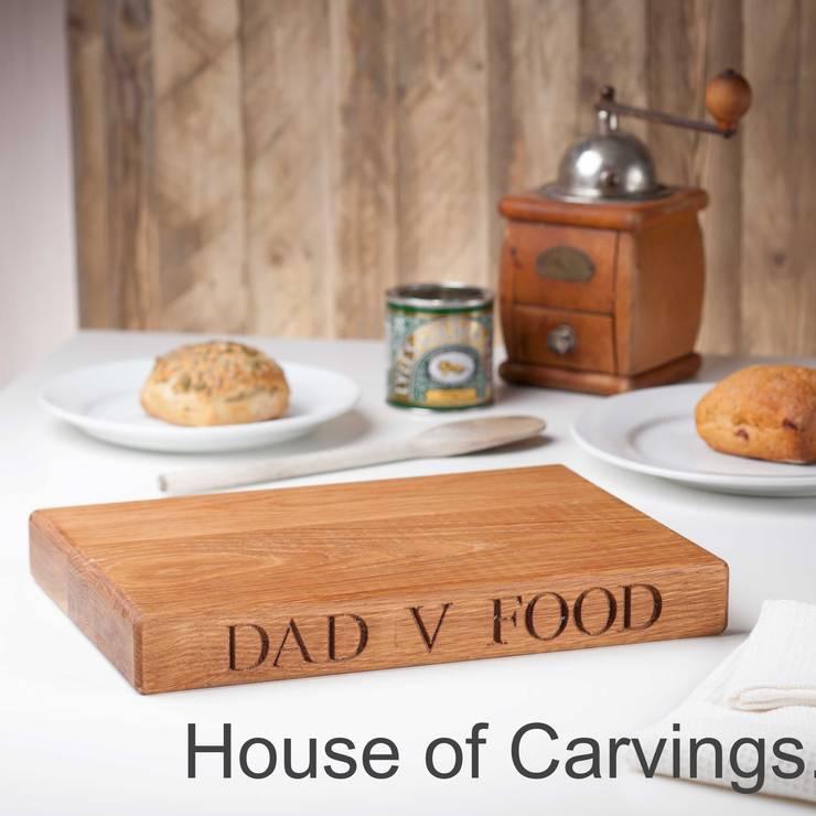 Oak Chopping Boards: minimalist  by House of Carvings, Minimalist