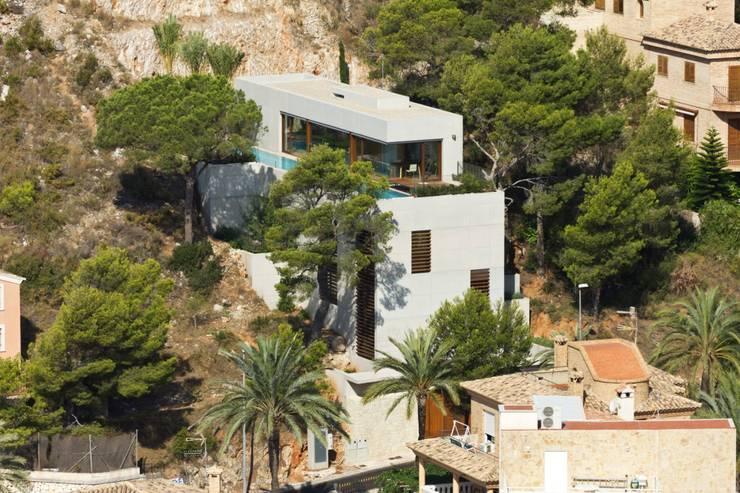 Vivienda <q>Mirando al mar soñé</q>: Casas de estilo  de Ascoz Arquitectura, Minimalista