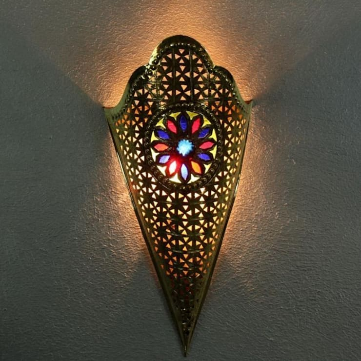 Mosiężna lampa ścienna TURIYA: styl , w kategorii Miejsca na imprezy zaprojektowany przez DomRustykalny.pl,