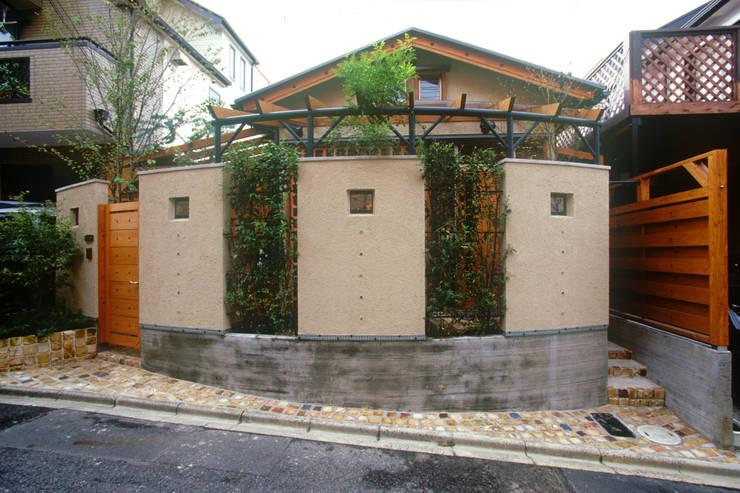 Atelier  Rapport: 風建築工房が手掛けた家です。