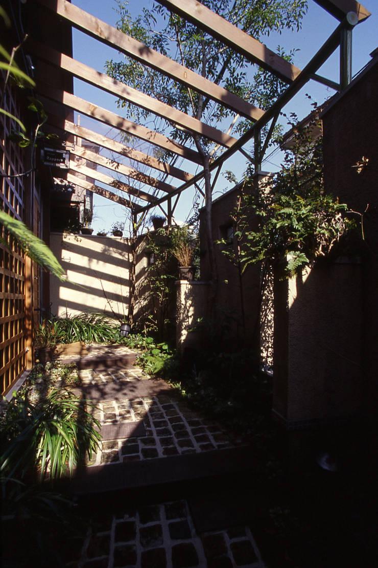 Atelier  Rapport: 風建築工房が手掛けた庭です。
