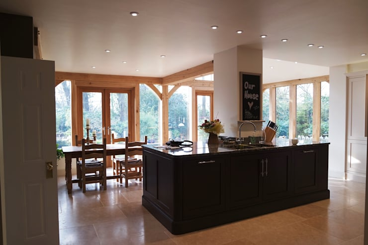 Kitchen by COOPER BESPOKE JOINERY LTD