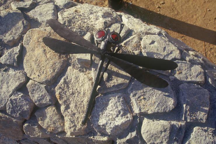 高嶺下住宅: 風建築工房が手掛けた現代のです。,モダン