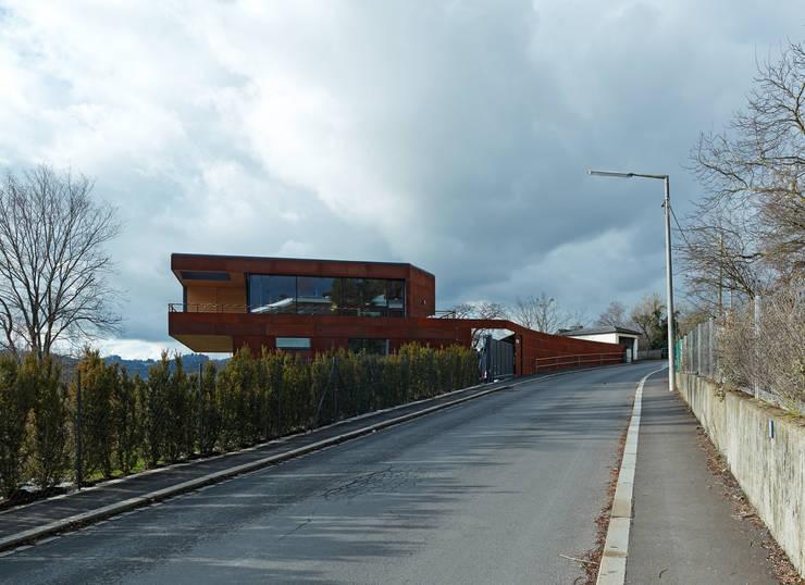 Projekty,  Domy zaprojektowane przez HAMMERER ztgmbh . architekten